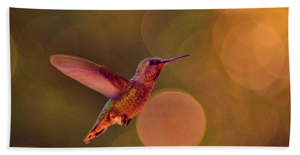 Calfiornia Bath Sheet featuring the photograph California Hummingbird by Tommy Anderson