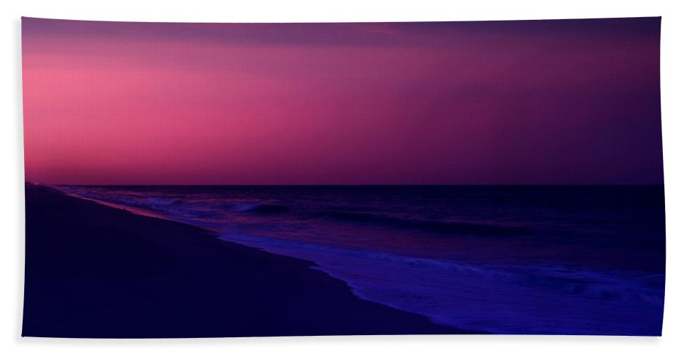 Jersey Shore Bath Towel featuring the photograph Calming Conclusion - Jersey Shore by Angie Tirado