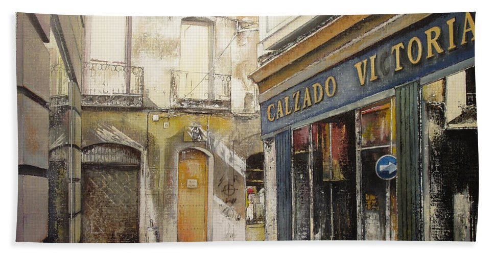 Calzados Bath Towel featuring the painting Calzados Victoria-leon by Tomas Castano