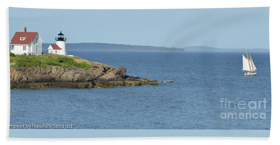 Maine Coast Hand Towel featuring the photograph Camden Harbor Light House by David Taylor