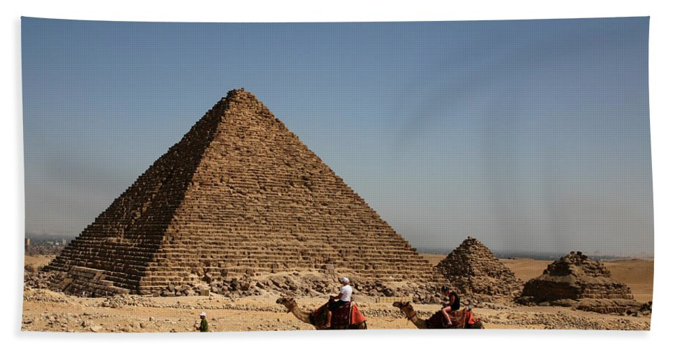 Camels Bath Towel featuring the photograph Camel Ride At The Pyramids by Donna Corless
