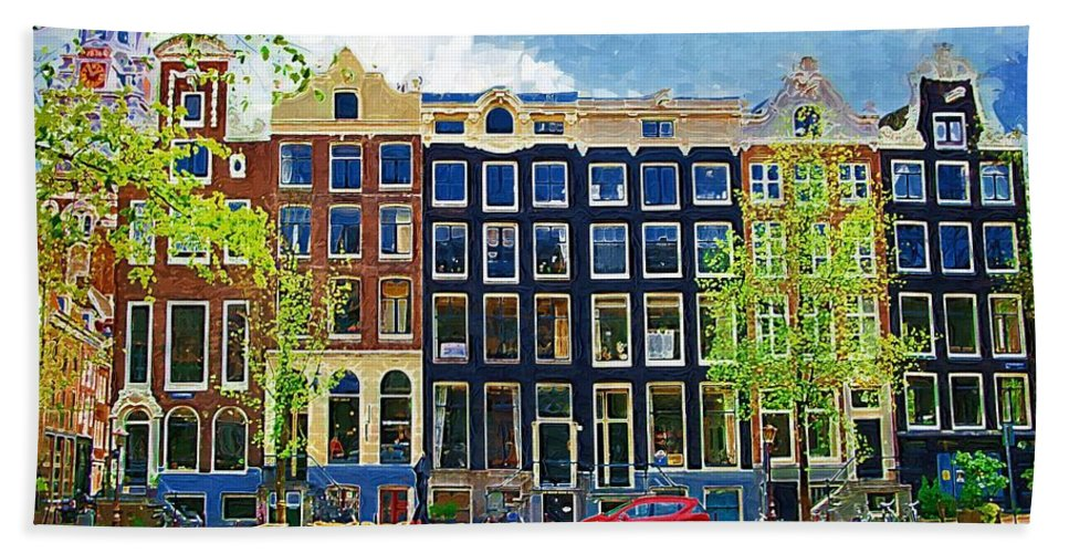 Amstersdam Hand Towel featuring the photograph Canal Houses by Tom Reynen