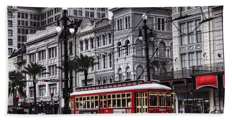 Nola Bath Sheet featuring the photograph Canal Street Trolley by Tammy Wetzel