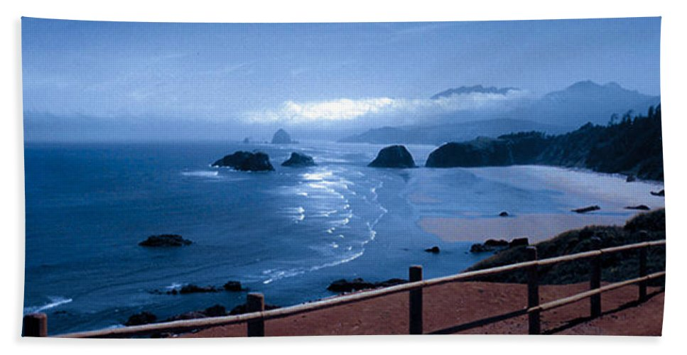 Cannon Beach Bath Towel featuring the photograph Blue Waters On Cannon Beach by Joanne Rungaitis