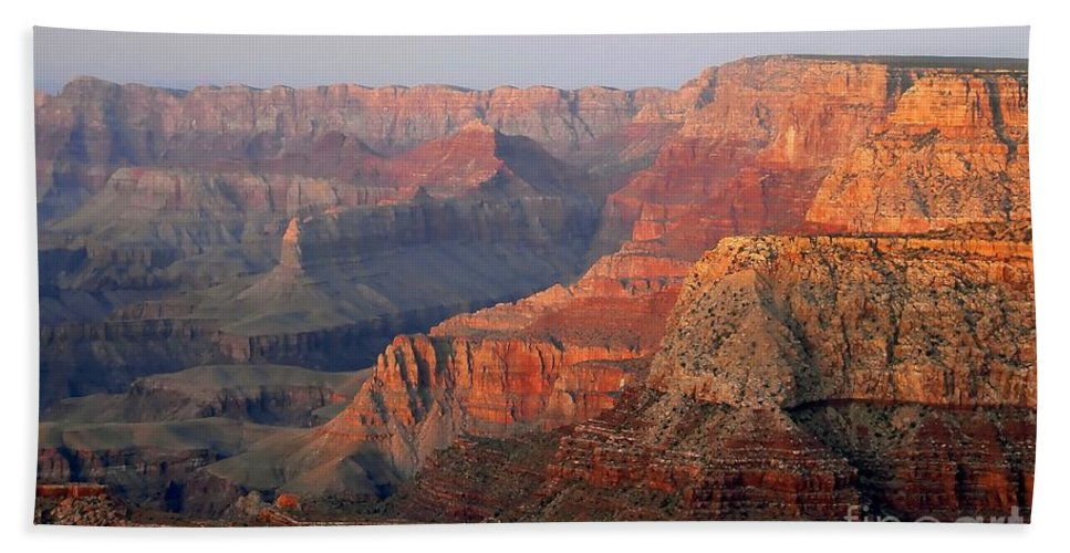 Grand Canyon Bath Towel featuring the photograph Canyon Dusk by David Lee Thompson