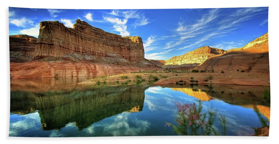 Canyons X1200 009 Hand Towel featuring the digital art Canyons 1920x1200 009 by Anne Pool