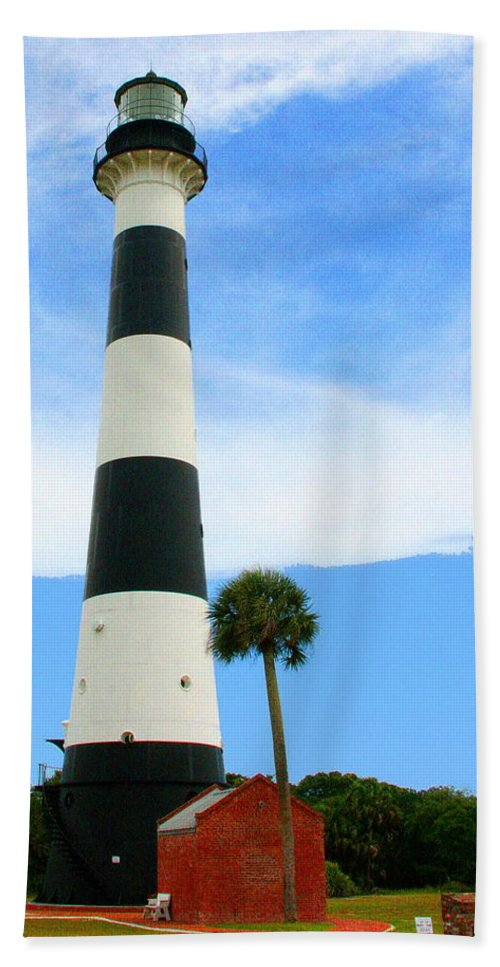 Lighthouse Bath Sheet featuring the photograph Cape Canaveral Lighthouse by W Gilroy