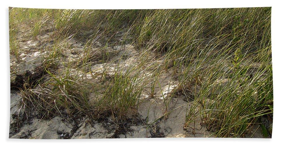Cape Cod Bath Sheet featuring the photograph Cape Cod Beach 1 by Mark Sellers