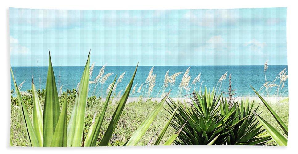 Florida Bath Sheet featuring the photograph Captiva Gp by Chris Andruskiewicz