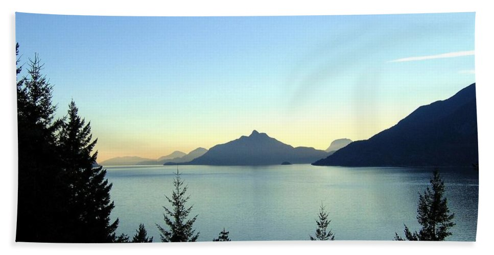 Howe Sound Hand Towel featuring the photograph Captivating Howe Sound by Will Borden