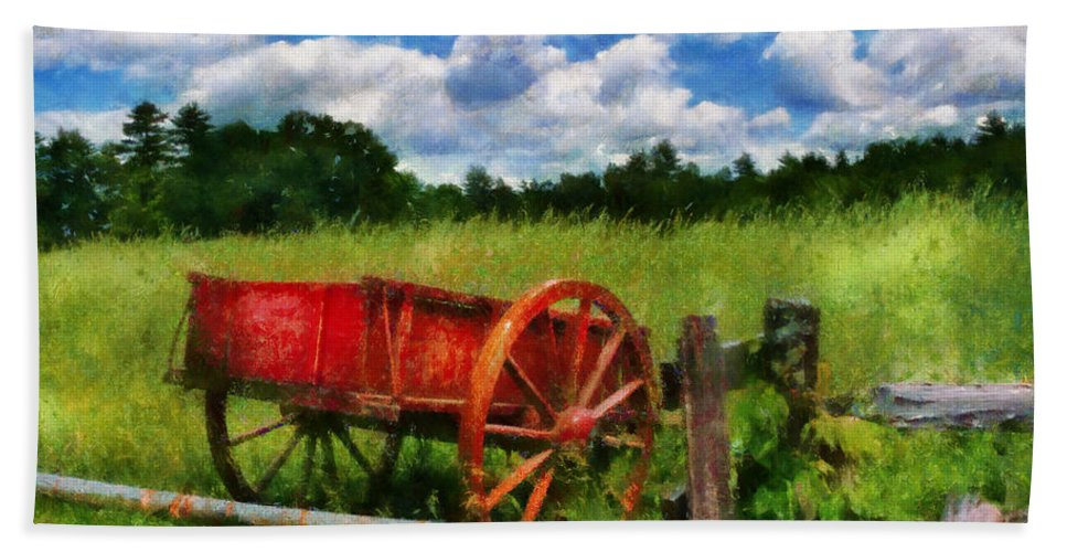 Wagon Bath Sheet featuring the photograph Car - Wagon - The Old Wagon Cart by Mike Savad