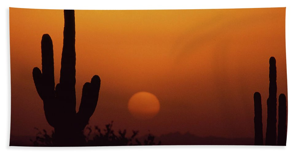 Arizona Bath Sheet featuring the photograph Carefree Sunset by Michael Scully