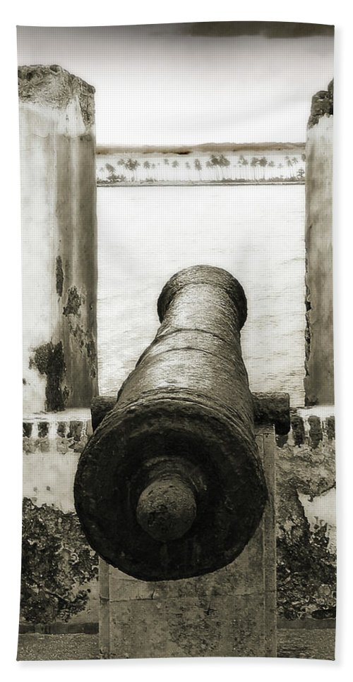 Cannon Hand Towel featuring the photograph Caribbean Cannon by Steven Sparks