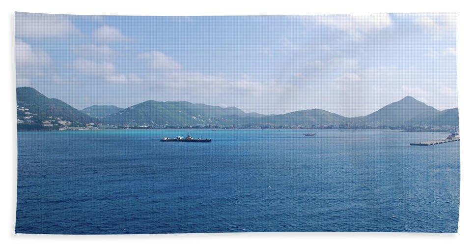 Landscape Hand Towel featuring the photograph Caribbean Coastline by Sherri Johnson