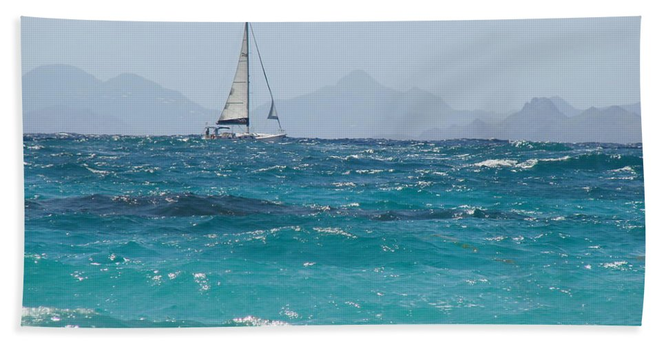 Landscape Hand Towel featuring the photograph Caribbean Sailing by Margaret Bobb