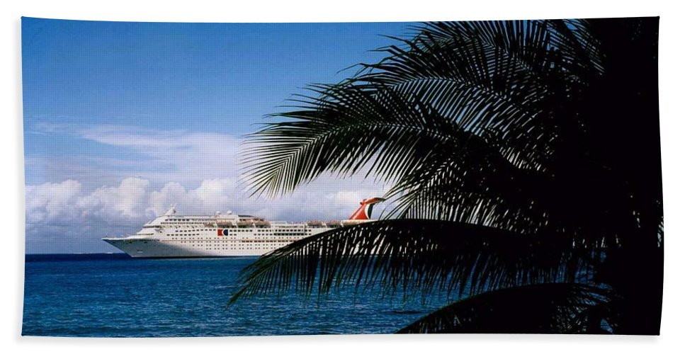 Druise Hand Towel featuring the photograph Carnival Docked At Grand Cayman by Gary Wonning