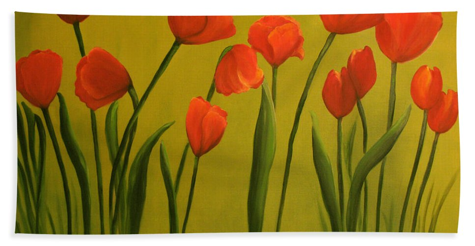 Red Hand Towel featuring the painting Carolina Tulips by Carol Sweetwood