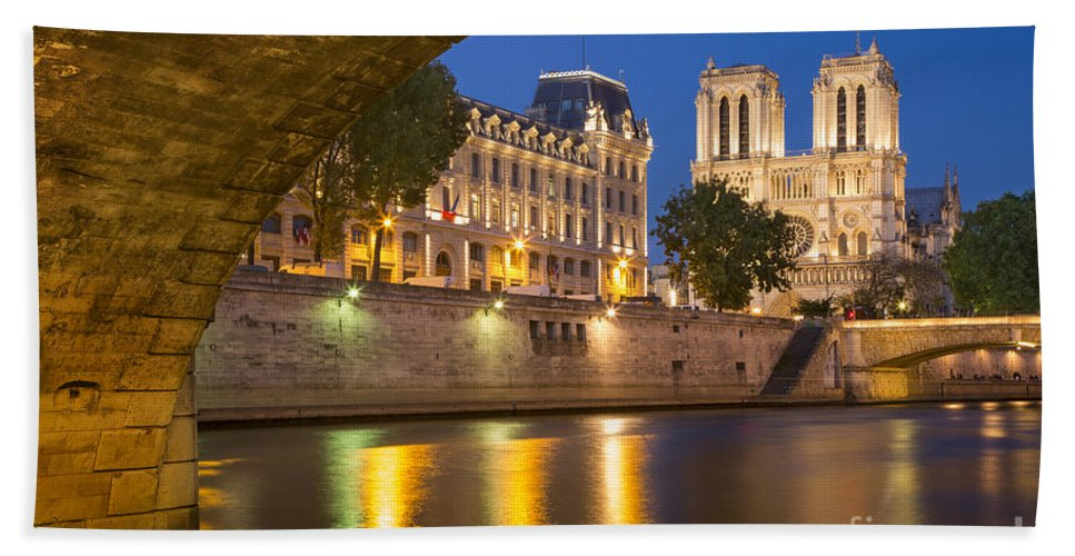 Arch Bath Sheet featuring the photograph Cathedral Notre Dame And River Seine - Paris by Brian Jannsen