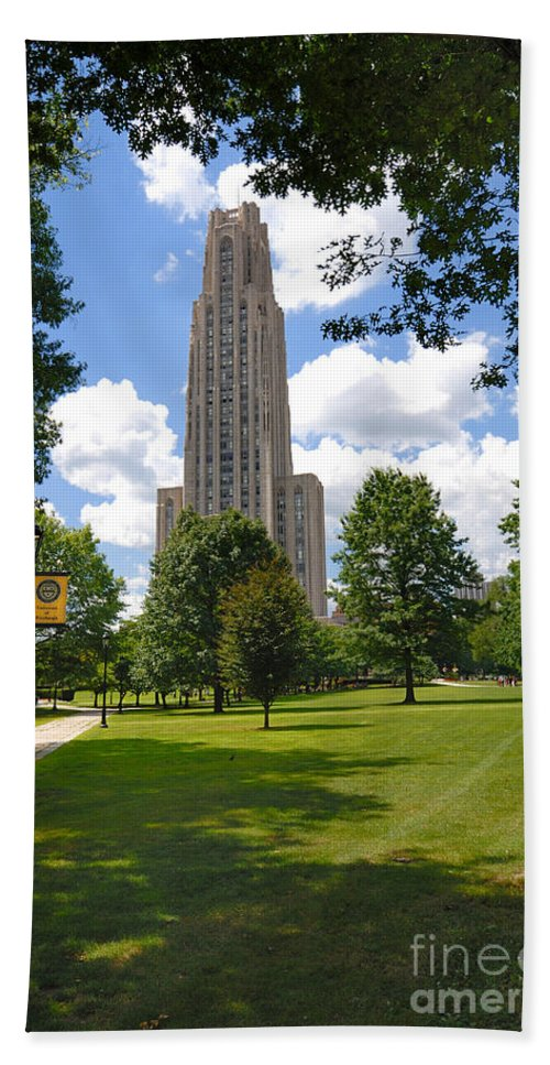 Allegheny County Bath Sheet featuring the photograph Cathedral Of Learning University Of Pittsburgh by Amy Cicconi