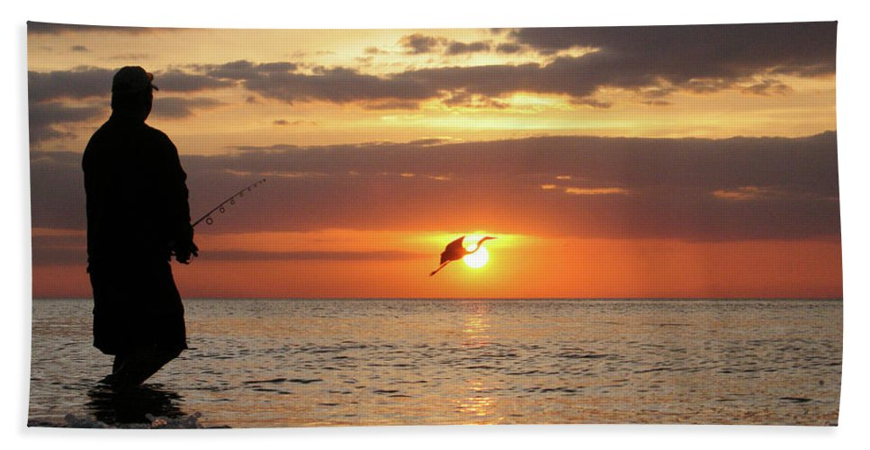 Sarasota Bath Towel featuring the photograph Caught At Sunset by Dick Goodman