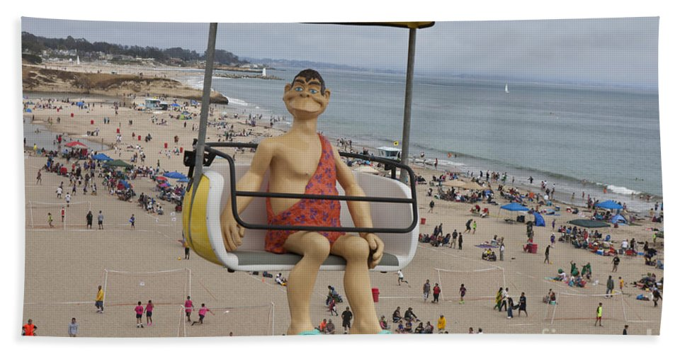Santa Cruz Boardwalk Bath Sheet featuring the photograph Caveman Above Beach Santa Cruz Boardwalk by Jason O Watson
