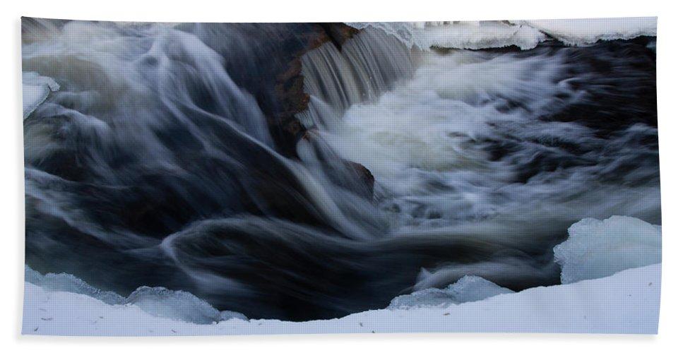 Cedarburg Hand Towel featuring the photograph Cedar Creek During Winter by Matthew Kirsch