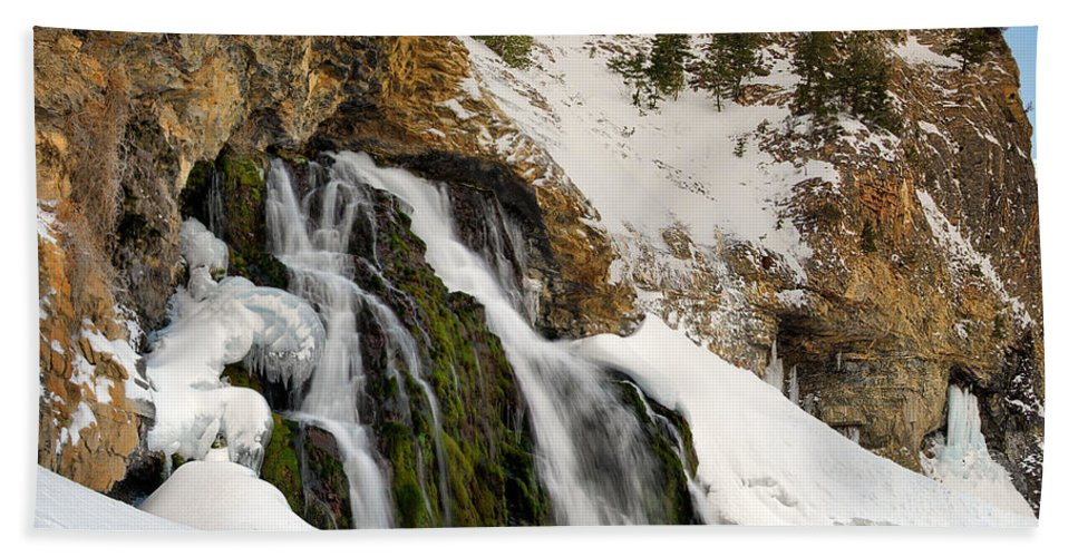 Scenic Hand Towel featuring the photograph Cedar Creek Falls Winter by Leland D Howard