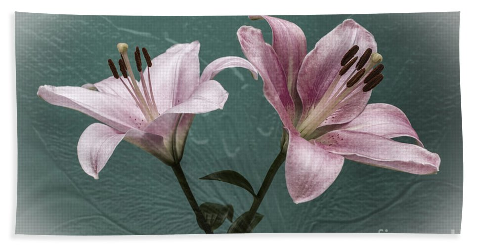 Pink Lilies Hand Towel featuring the photograph Celebrate by Steve Purnell