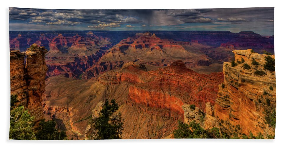 Grand Canyon Bath Sheet featuring the photograph Center Stage by Beth Sargent