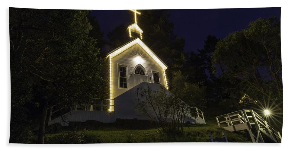 Church Hand Towel featuring the photograph Chapel At Roche Harbor by Thomas Ashcraft