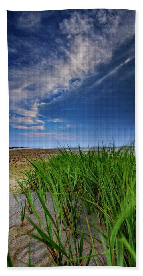 Sandy Beach Hand Towel featuring the photograph Chapin Beach by Rick Berk
