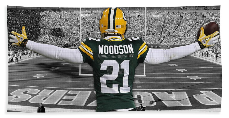 more photos b76a3 e4df5 Charles Woodson Green Bay Packers Stadium Art 2 Hand Towel