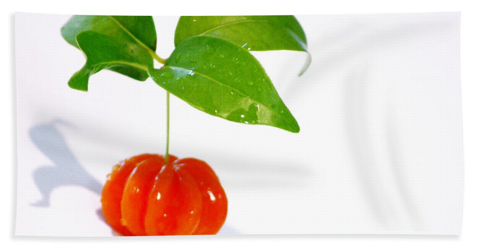 Food Bath Towel featuring the photograph Cherry by Holly Kempe