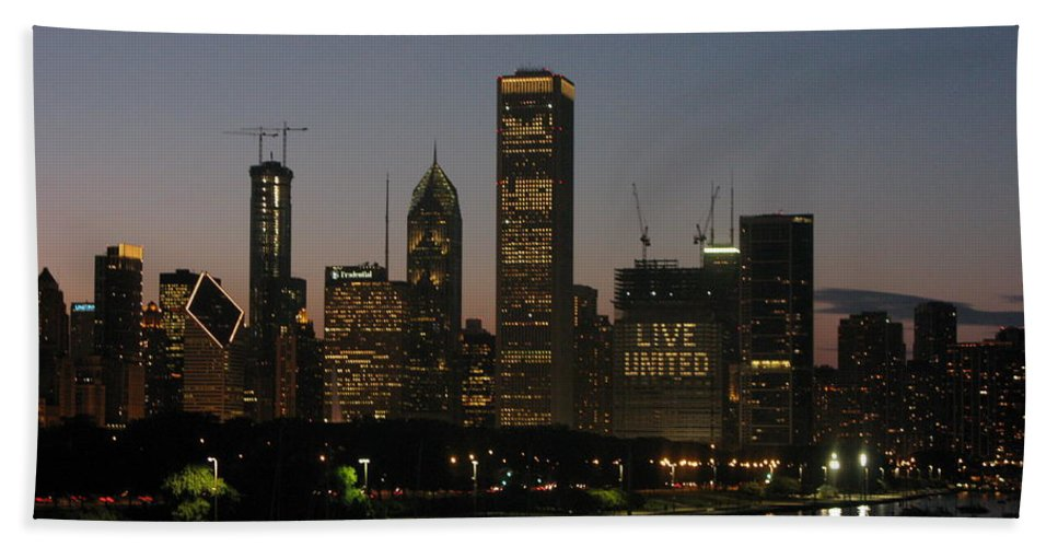 Chicago Hand Towel featuring the photograph Chicago At Night by Brittany Horton