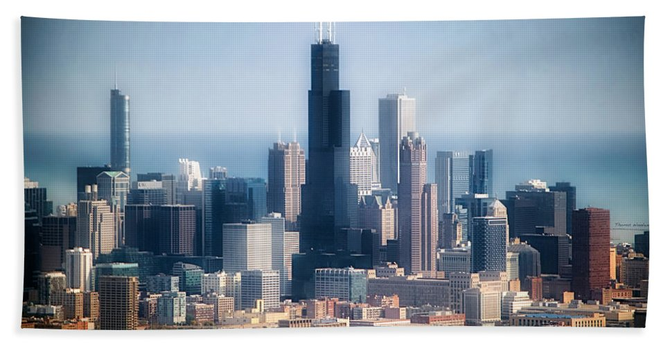 Chicago Bath Sheet featuring the photograph Chicago Looking East 02 by Thomas Woolworth