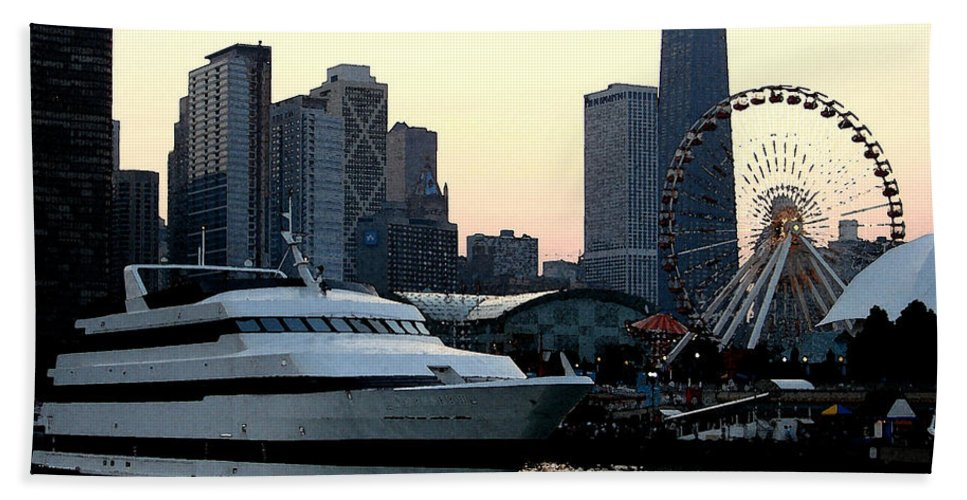 Photo Hand Towel featuring the photograph Chicago Navy Pier by Glory Fraulein Wolfe
