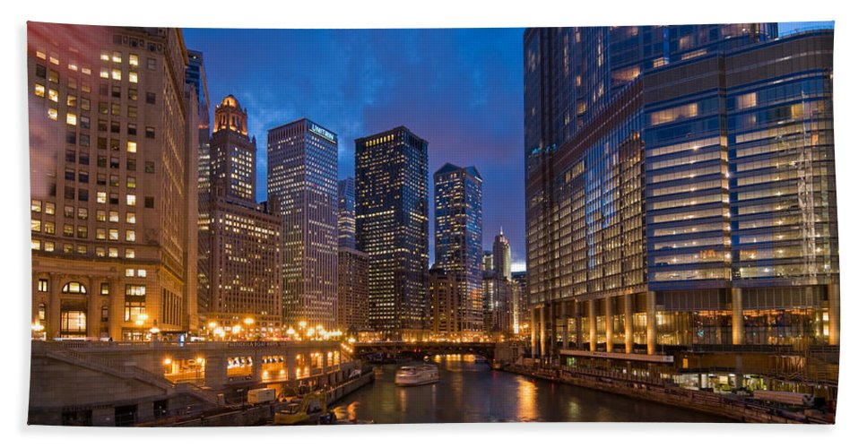 Architecture Bath Sheet featuring the photograph Chicago River Lights by Steve Gadomski