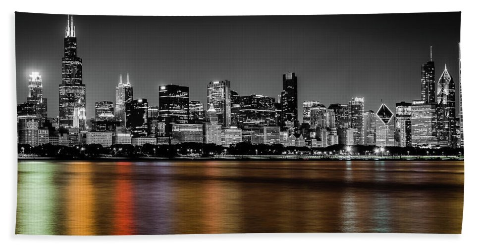 Chicago Bath Towel featuring the photograph Chicago Skyline - Black And White With Color Reflection by Anthony Doudt