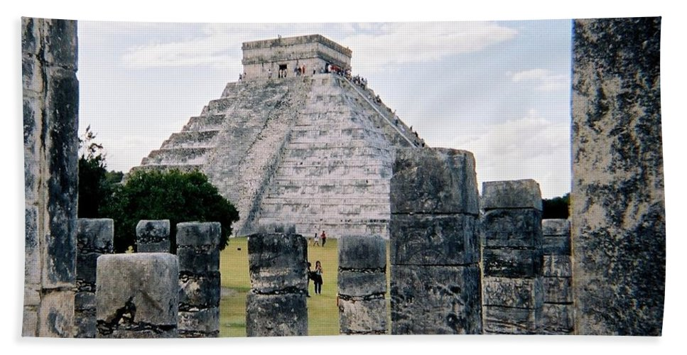 Chitchen Itza Hand Towel featuring the photograph Chichen Itza 3 by Anita Burgermeister