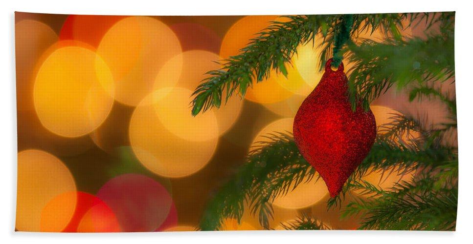 Bokeh Bath Sheet featuring the photograph Christmas Bokeh by Vicki Stansbury