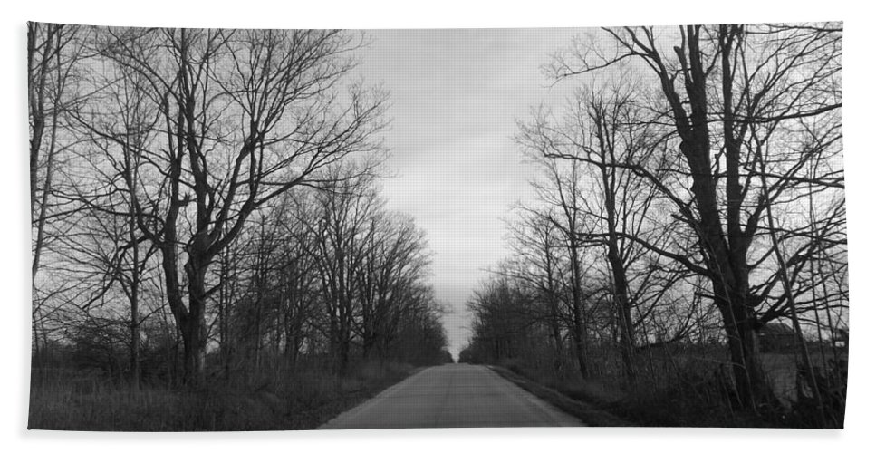 Country Road Hand Towel featuring the photograph Christmas Day Country Road by Lingfai Leung