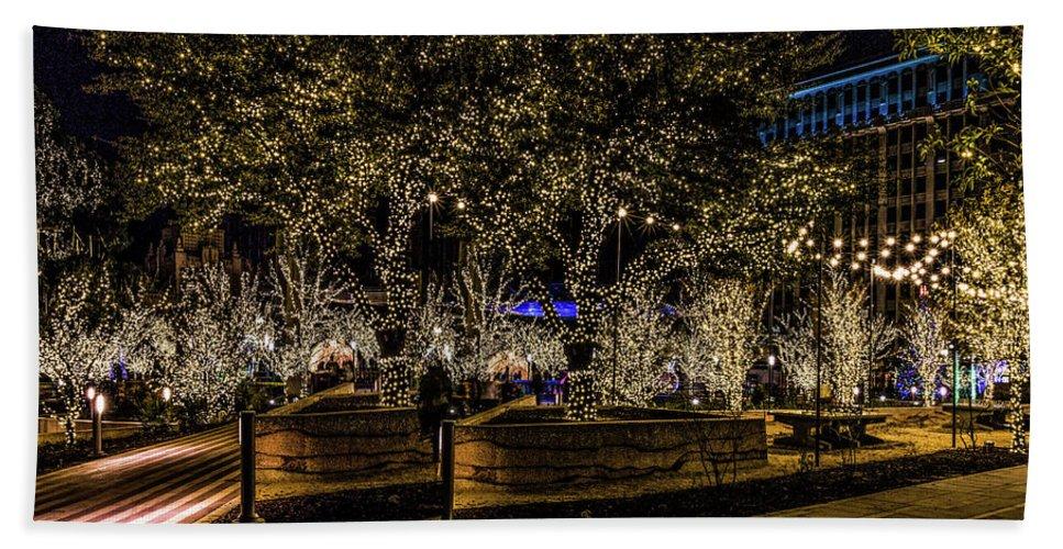 San Jacinto Plaza Hand Towel featuring the photograph Christmas Lights by Subhadra Burugula