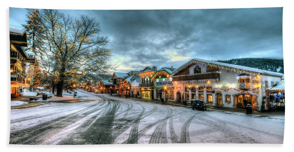 Hdr Hand Towel featuring the photograph Christmas On Main Street by Brad Granger