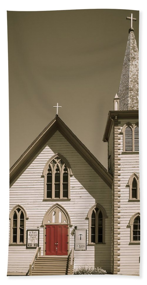 Architecture Bath Sheet featuring the photograph Church by Jim Thompson
