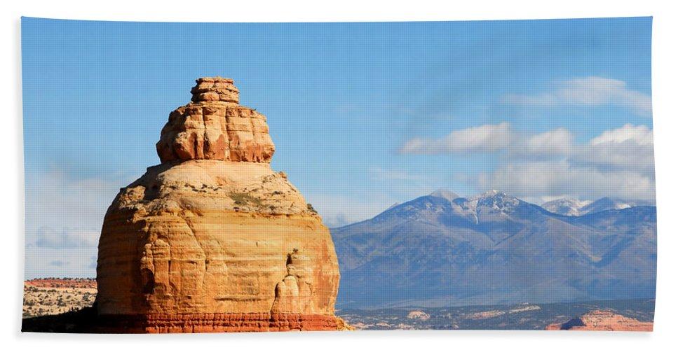 Church Rock Utah Bath Sheet featuring the photograph Church Rock Utah by David Lee Thompson