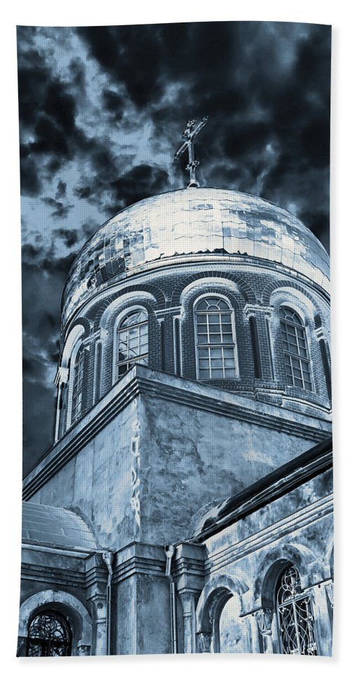 Architecture Bath Sheet featuring the photograph Church2 by Svetlana Sewell