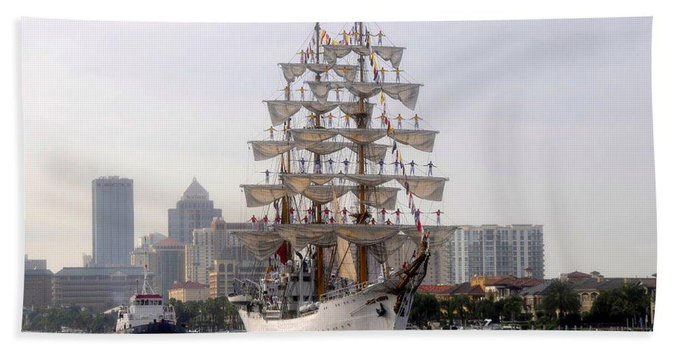 Tampa Florida Bath Sheet featuring the photograph Cigar City Sailing by David Lee Thompson