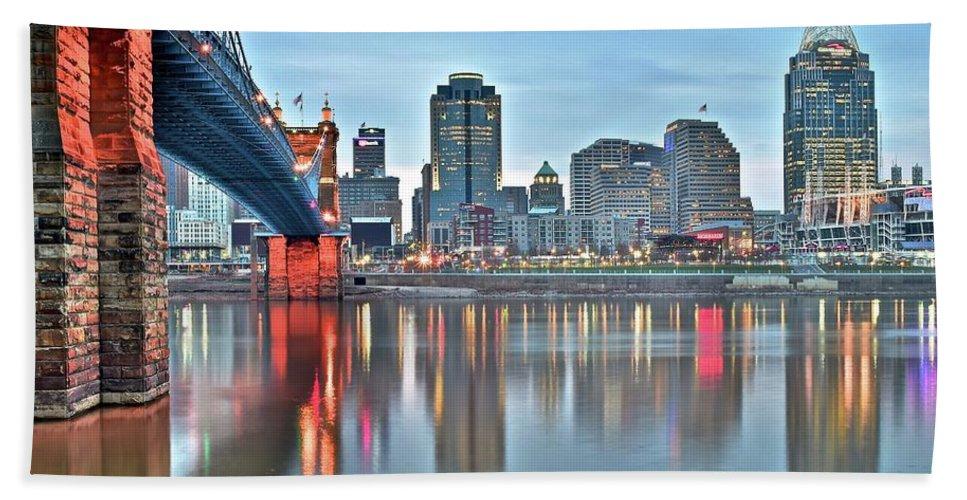 Cincinnati Bath Sheet featuring the photograph Cincinnati At Dusk by Frozen in Time Fine Art Photography