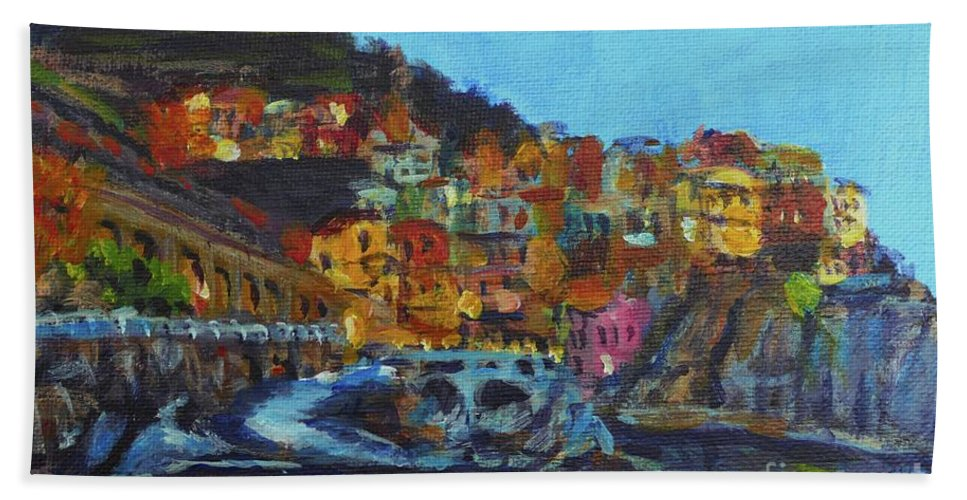 Cinque Terre Bath Towel featuring the painting Cinque Terre by Laura Toth