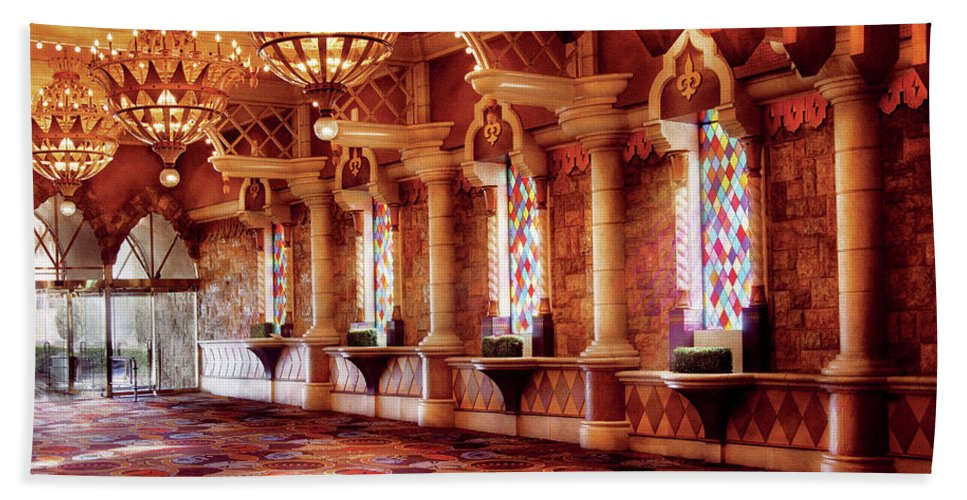 Savad Bath Sheet featuring the photograph City - Vegas - Excalibur - In The Great Hall by Mike Savad